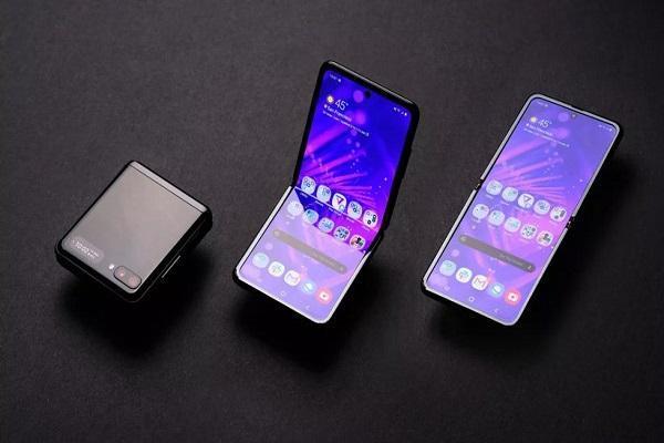 سامسونگ از سه گوشی جدید رونمایی می نماید